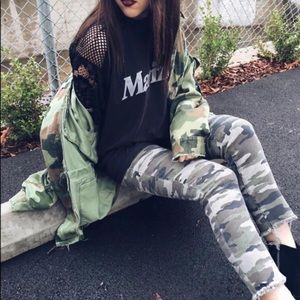 Carmar Green Camouflage Cropped Jeans 26 27